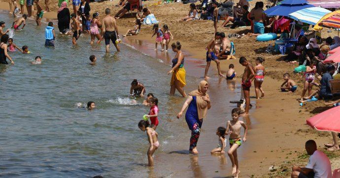 """Algeria, quasi 200 persone intossicate dopo un bagno nel Mediterraneo: """"In 178 ricoverati con infezioni polmonari"""""""