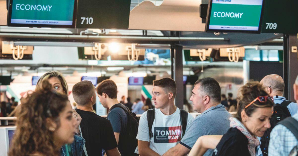 """Variante """"Delta"""" entrata libera. Aeroporti colabrodo: ecco l'estate"""