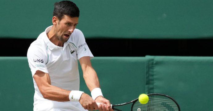 Wimbledon, Djokovic vince 3-1 in rimonta contro Berrettini: l'azzurro k.o. con onore