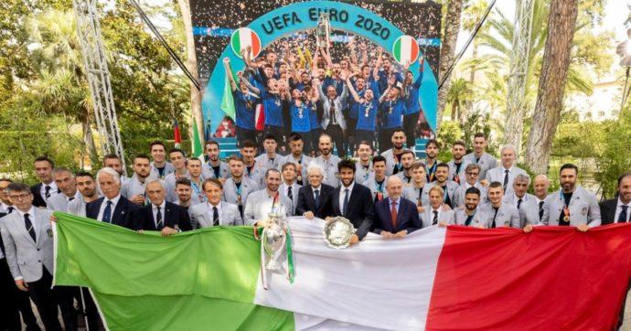 """Mattarella riceve gli azzurri dopo la vittoria dell'Europeo: """"Avete meritato oltre punteggio"""". Draghi: """"Ci avete messo al centro dell'Europa"""""""