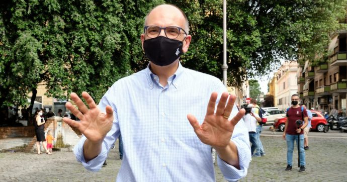 """Pd, Letta si candiderà alle suppletive di Siena: """"Serve un segretario in Parlamento, i gruppi sono falcidiati dalla sconfitta del 2018"""""""