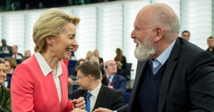 """Clima, la Commissione Ue presenta il piano per tagliare le emissioni del 55% entro il 2030. Von der Leyen: """"Chi inquina pagherà di più"""""""