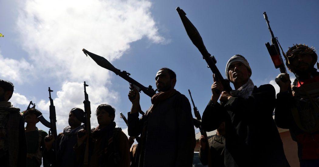 """Torna il buio in Afghanistan, i Talebani hanno in mano gran parte del Paese. L'esperto: """"La guerra civile è inevitabile"""". E il governo chiede aiuto ai vecchi mujaheddin"""
