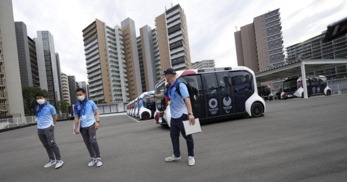 """Olimpiadi di Tokyo, 15 contagi da Covid tra gli addetti per i Giochi: """"Non sono atleti"""". Nella capitale contagi mai così alti dal 21 gennaio"""