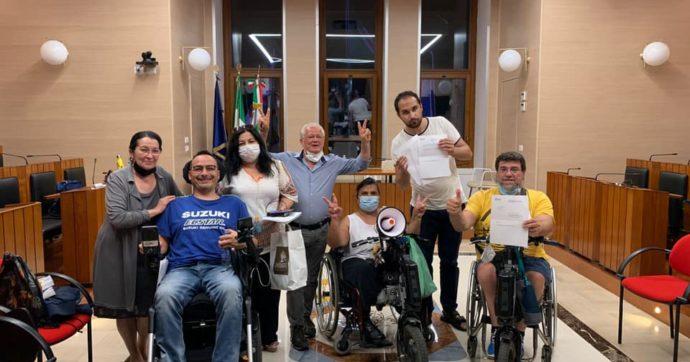 Regione Puglia, raggiunto l'accordo per il contributo Covid e Vita indipendente: da 4 giorni un gruppo di disabili era in presidio