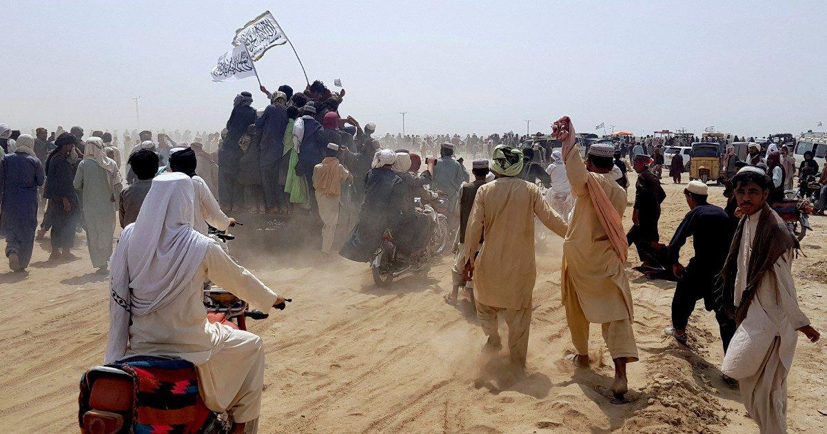 Iniziato il grande esodo dal regime dei Talebani
