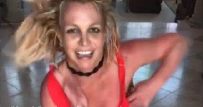 """Britney Spears si arrabbia sul serio: """"Nessuna esibizione live finché comanda mio padre"""""""