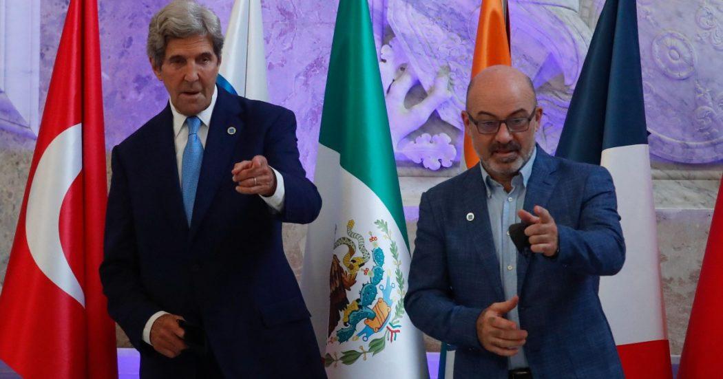 """G20 Napoli, no accordo su riscaldamento globale e decarbonizzazione: l'ambizione di Cingolani e Kerry diventa un """"vorrei ma non posso"""""""
