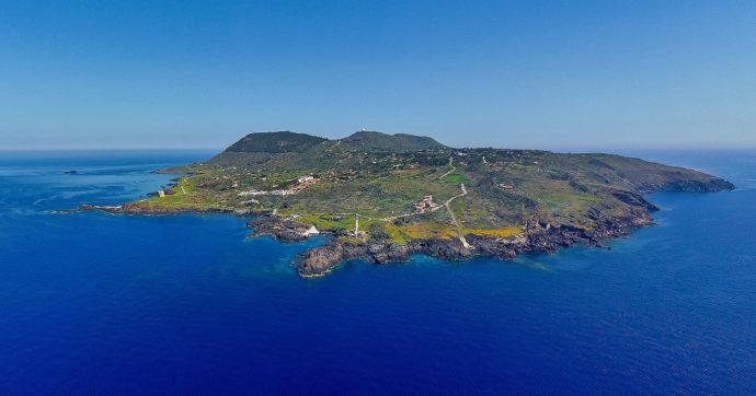 """Ustica, la prima area marina protetta d'Europa festeggia 35 anni col festival 'Ustica Blue Days': """"Serve un'economia sostenibile per salvarla"""""""