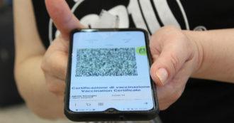 Green pass, sondaggio dell'Istituto Demopolis: 7 italiani su 10 sono favorevoli alla certificazione verde