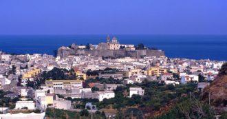 Covid nelle località di vacanza, focolai da Stromboli al Trentino. A Ponza e San Felice Circeo tornano le mascherine all'aperto