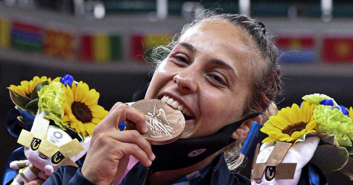 Tre bronzi per l'Italia, flop nuoto e scherma
