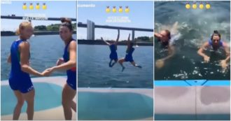 Tokyo2020, Cesarini e Rodini festeggiano con un tuffo in mare l'oro nel doppio pesi leggeri femminile nel canottaggio
