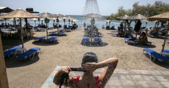 In Grecia corre la variante Delta: Mykonos e Ios vicine a nuove restrizioni. Contagi in salita tra i giovani