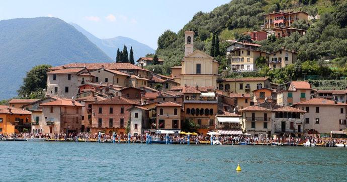 A Monte Isola vietato lo sbarco di bici ad agosto: una decisione sconcertante