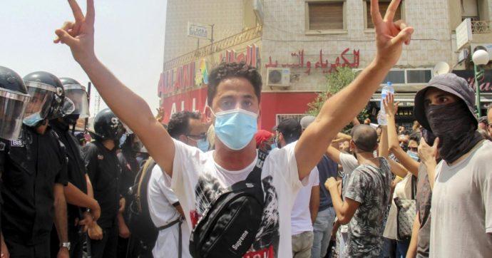 Tunisia, altro che 'storia di successo'. Negli ultimi 10 anni impunità e violazioni di diritti umani