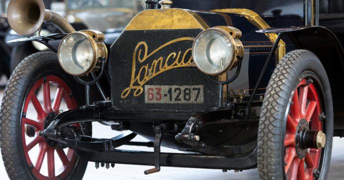 Lancia, come sono cambiati logo e nomi dei modelli in 115 anni di storia