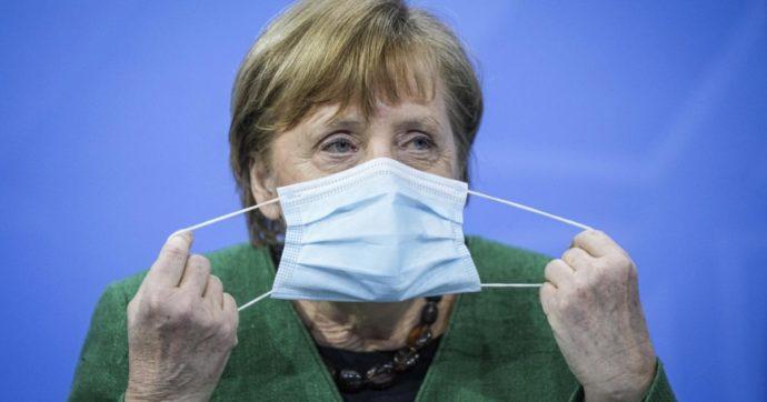 Germania, stop a tamponi gratis per i non vaccinati. Test al ritorno dalle vacanze per over 12 non immunizzati