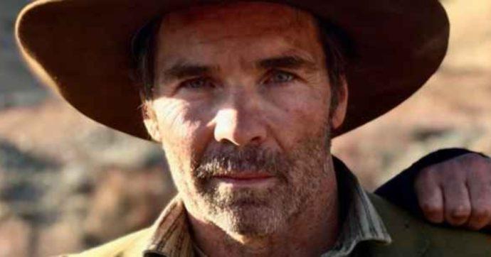 """Morto sul set Jay Pickett, l'attore di """"General Hospital"""" ha avuto un infarto mentre girava il suo nuovo film: """"Una tragedia scioccante"""""""