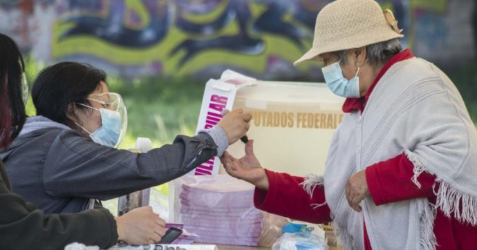 Messico, fallisce referendum per perseguire ex presidenti corrotti. Era costato 25 milioni di dollari