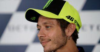 Valentino Rossi, storia dell'imperatore gentile della MotoGP che andava a scuola in Apecar e ha fagocitato tutti i suoi avversari in pista