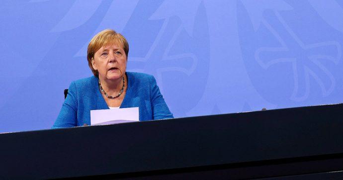 Germania, arriva la regola delle 3G: anche Merkel estende il green pass per aumentare le vaccinazioni. E da ottobre stop ai test gratuiti