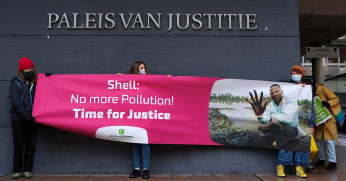 Storica sentenza della corte de L'Aja, Shell pagherà 95 milioni di euro ai contadini per l'inquinamento del delta del Niger