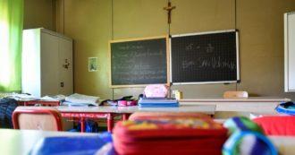 """Green pass a scuola, la circolare del ministero: """"Più 'verificatori' per evitare rallentamenti"""". E il Garante dà l'ok al controllo online"""