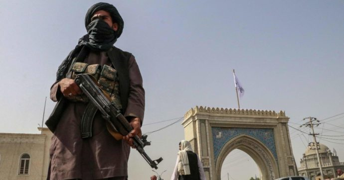 Afghanistan, il cambio di strategia dei Talebani modifica le prospettive dell'Iran. Ma il rapporto con Teheran resta complesso