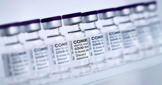 Approvazione definitiva del vaccino Pfizer? Sui social lo stralcio del documento ufficiale della Fda diventa verità alternativa. Ma scorretta