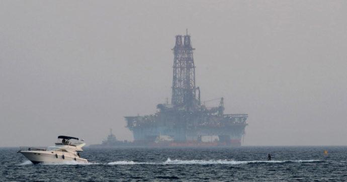Uragano Usa, ferme piattaforme e raffinerie nel golfo del Messico. Taglio produttivo di 1,5 milioni di barili al giorno