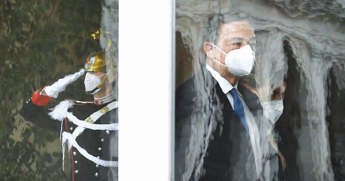 """Draghi tesse la tela del Colle. """"Ma gli servono i giallorosa"""""""