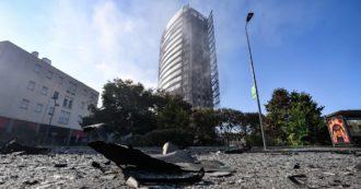 """Palazzo in fiamme a Milano, in mano ai pm i registri di manutenzione dell'edificio. L'obbligo di """"pannelli ignifughi"""" dal 2019 e le """"criticità"""" del sistema antincendio: tutti i dubbi sul rogo"""
