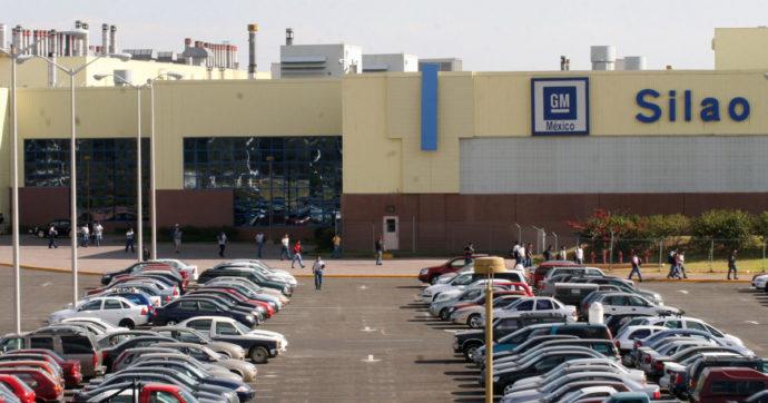 General Motors taglia la produzione per carenza di microchip: dopo Ford e Toyota nuova frenata in Nord America