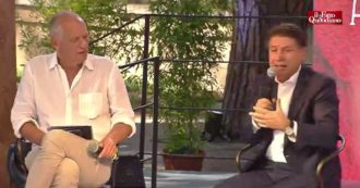 """Conte alla Festa del Fatto: """"Con Grillo ci confrontiamo spesso. Mia capacità manageriale? Non ho mai pensato che il M5s fosse un'azienda"""""""