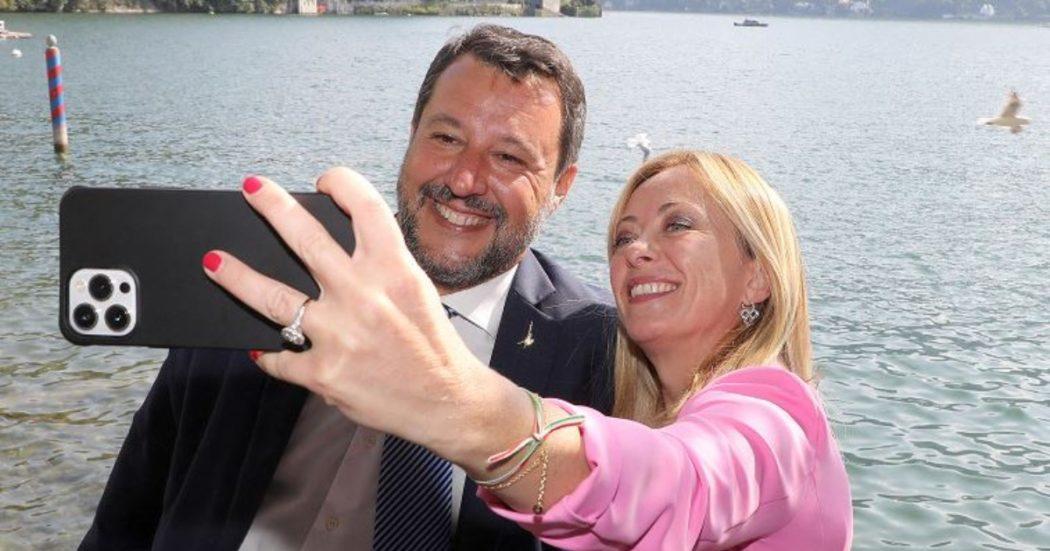 """Reddito, l'offensiva di Meloni e Salvini da Cernobbio. """"Metadone di Stato"""", """"Quei soldi diamoli alle imprese"""". Orlando: 'Metafore da chi non conosce povertà'"""