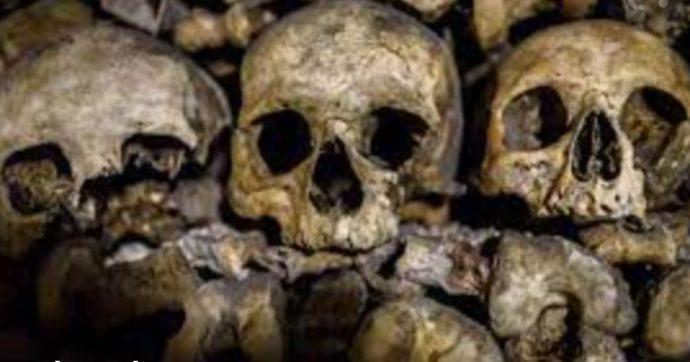 Ottanta scheletri con le mani legate trovati davanti a un casolare: la scoperta durante la costruzione di una casa di riposo