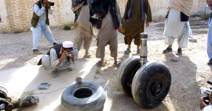 """Afghanistan, l'appello del giornalista: """"I Talebani ci hanno sparato addosso. Nessun futuro per noi qui, aiutateci a fuggire"""""""