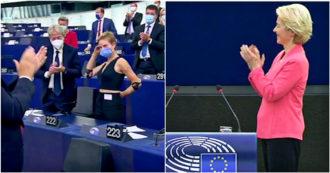 """Ovazione per Bebe Vio al Parlamento europeo. Von der Leyen: """"Mi sono innamorata di lei, rappresenta lo spirito e i valori dell'Ue"""""""