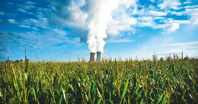 In Edicola sul Fatto Quotidiano del 15 Settembre: Bollette, tutte le balle contro gli ambientalisti