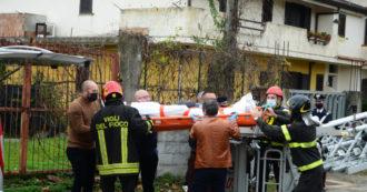 Marano di Napoli, operaio di 59 anni cade dall'impalcatura e muore: lavorava in nero