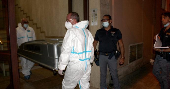"""Bari, pensionata 81enne uccisa a pugnalate in casa: fermato l'addetto alle pulizie del palazzo. Ha confessato: """"Mi servivano soldi"""""""