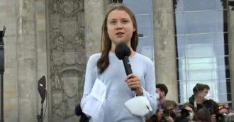 """Fridays for Future, Greta Thunberg in piazza a Berlino: """"Nessun partito fa abbastanza per il clima"""""""