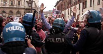 Milano, manifestanti no green pass provano a raggiungere il comizio di Giorgia Meloni in Duomo: tensione con la polizia