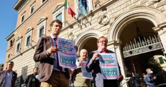 """Referendum cannabis, i promotori diffidano i Comuni che non stanno certificando le firme: """"Ministero intervenga o lo metteremo in mora"""""""