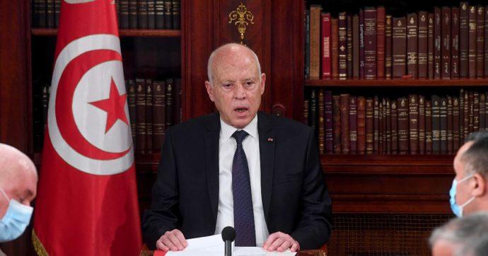 Tunisia, il presidente incarica Néjla Bouden di formare un governo: sarebbe la prima premier donna araba. Ma si teme operazione di facciata