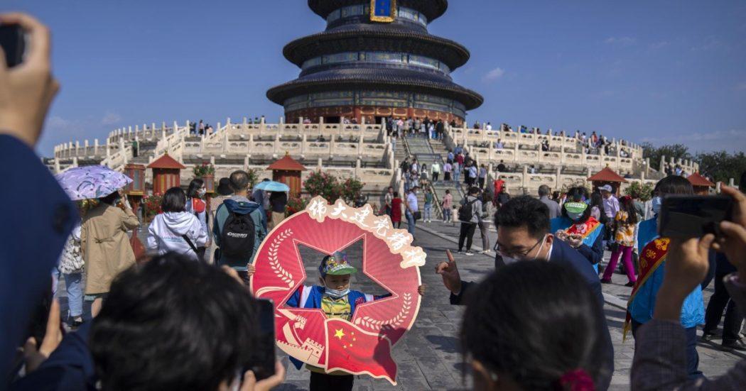 Nuova via della seta, il maxi piano infrastrutturale della Cina ha affossato i conti di 42 Paesi poveri con debiti per 385 miliardi di dollari