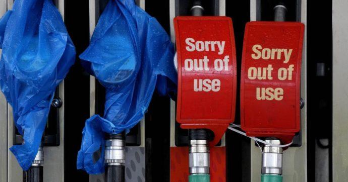 Brexit, neanche l'emergenza benzina sveglia i laburisti: contro Johnson non hanno proposte