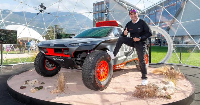Stéphane Peterhansel al volante dell'Audi RS Q e-tron alla prossima Dakar