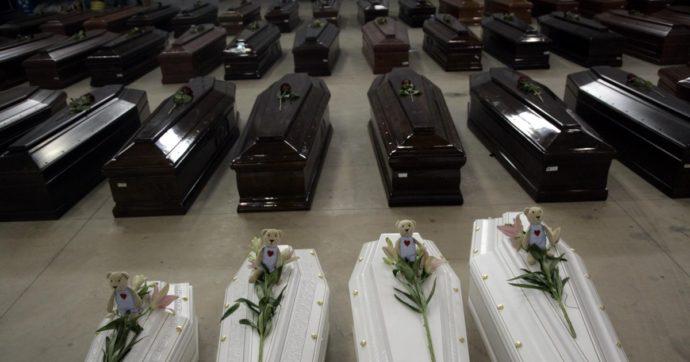 """I resti dei migranti morti nel naufragio del 3 ottobre 2013 finiscono nelle fosse comuni di Sciacca. La sindaca: """"Grave, non sapevamo"""""""